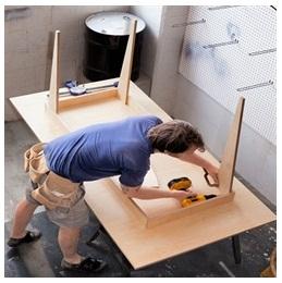 Сборка столов по низким ценам в Санкт-Петербурге от специалистов